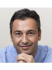 Prof. Dr. Saip Denizoğlu - Zahnarztpraxis in der Türkei