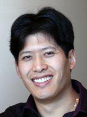 Liu Dental Centres Hunt Club - Dr Eugene Liu