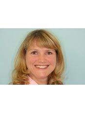 Dr. Nina Heinig - Dr. Nina Heinig