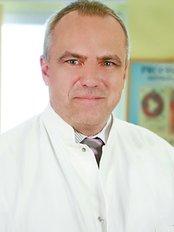 Dr. Willner Péter  - Proctoline - General Practice in Hungary