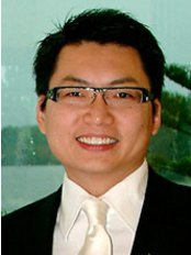 Brisbane Aesthetic and Plastic Surgery Centre - 	 Dr Eddie Cheng  MBBS(Qld) FRACS(Plastic Surgery)