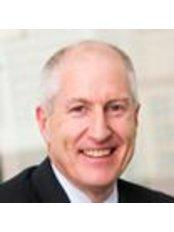 Dr Glen Wood - Surgeon at Brisbane Urology Clinic - Corinda