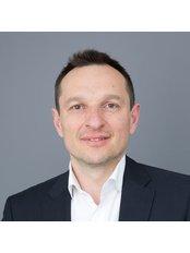 Dr Nenad Djakovic - Surgeon at International Andrology London