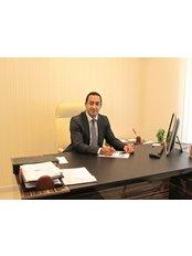Dr. Shawket Alkhayal - Surgeon at Alkhayal Medical Centre